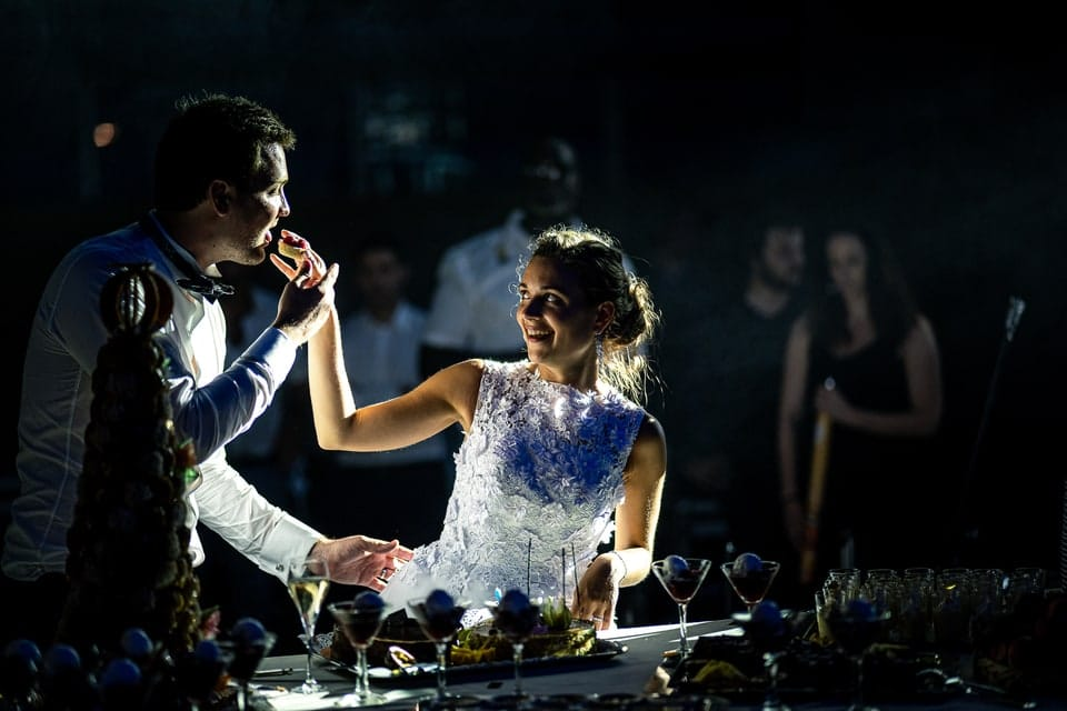 Gâteau de mariage luxueux et haut de gamme à Deauville de Marine et Hugo par un photographe du Loiret en Centre Val de Loire