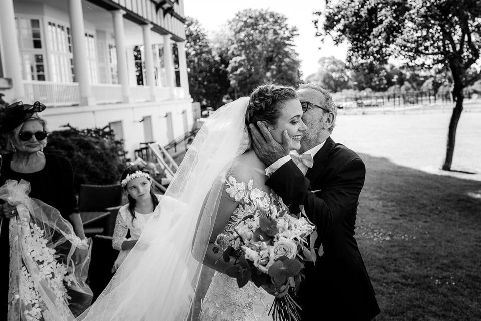 Mariage plein d'émotion par un photographe haute de gamme du Loiret