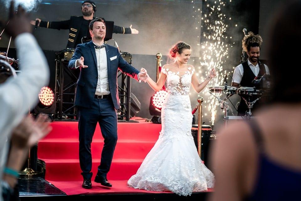 Mariage luxueux et haut de gamme à Deauville de Marine et Hugo par un photographe du Loiret à Montargis