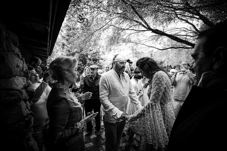 Mariage bohème chic au Domaine de Murtoli en Corse par un photographe de France du Loiret à Orléans et Sully sur Loire