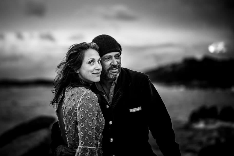 Mariage luxe Haut de gamme Corse au Domaine de Murtoli par un photographe de région Centre à Orléans et Gien dans le Loiret sur la plage