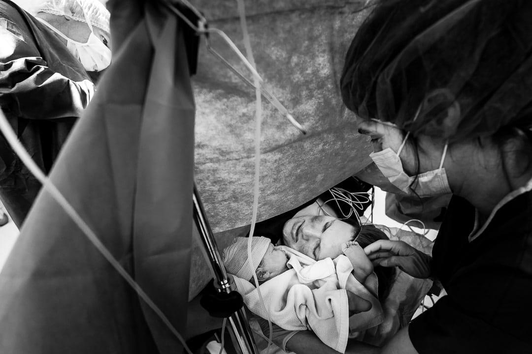 Photographe accouchement césarienne maternité de Gien Loiret France