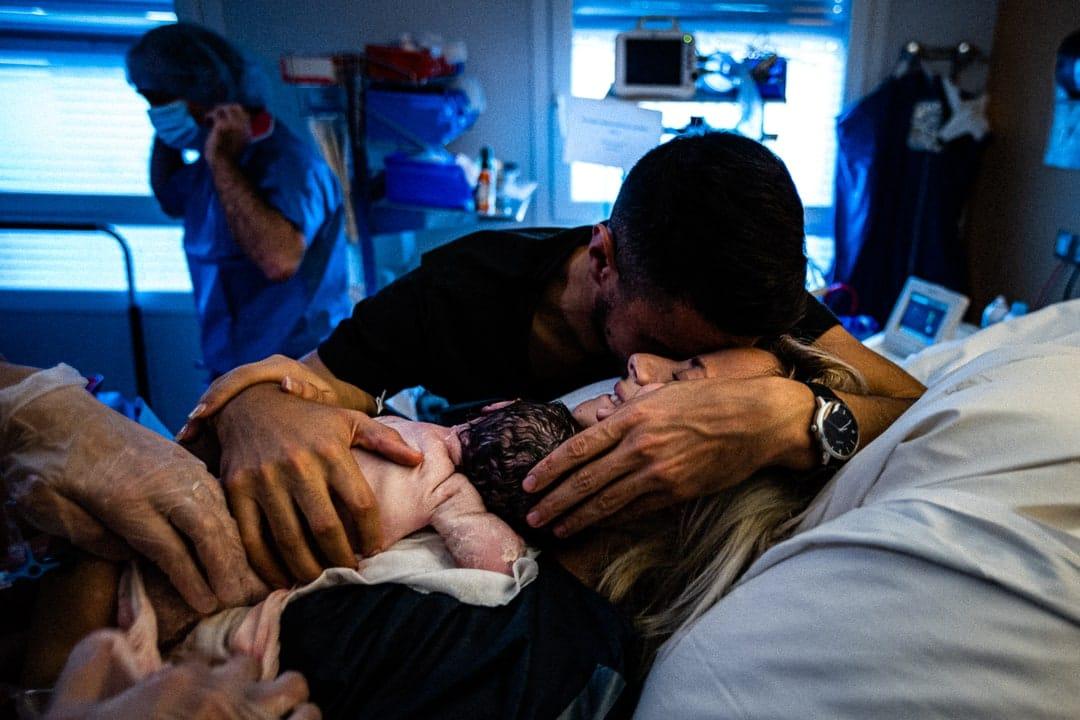 Photographe reportage accouchement à la maternité de Gien Loiret Centre Val de Loire Orléans