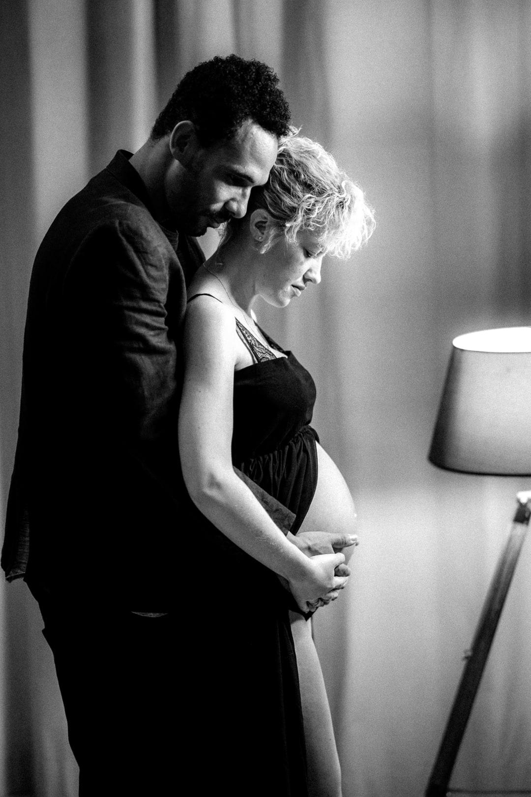 Photographe Loiret reportage famille Orléans Gien grossesse couple